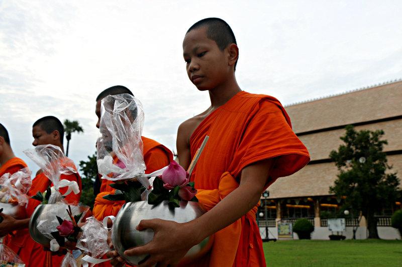 chiang-mai-monaci