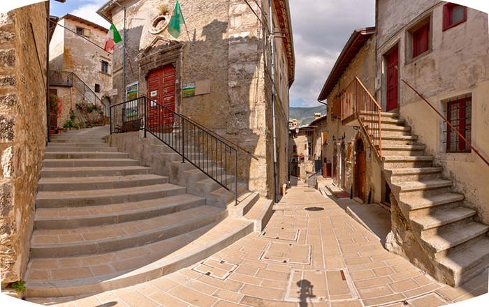 pueblos de italia: castelluccio