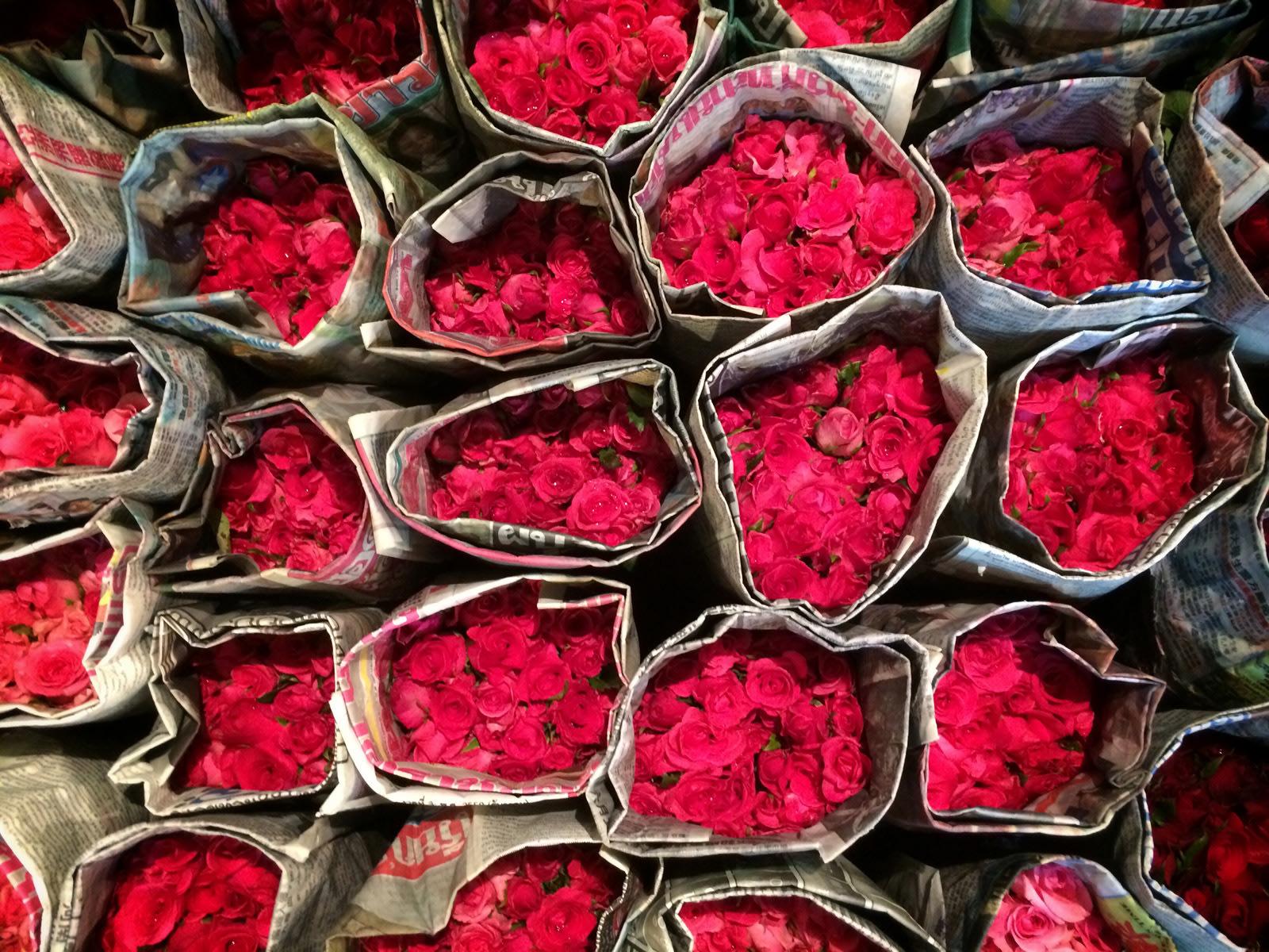I colori del mercato dei fiori