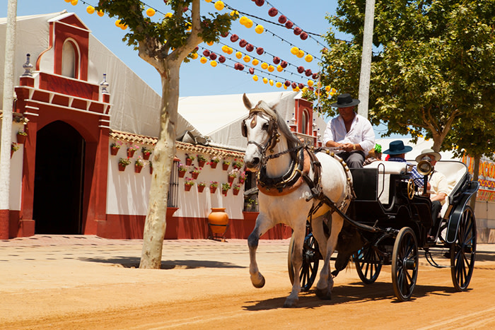 Feria de sevilla: carruajes