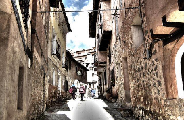 Calle AlbarracínFoto: Juan Luis Flickr.com, Creative Commons
