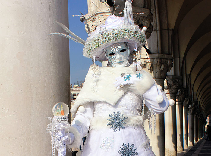 Carnevale di Venezia. Image by_jamie1 via Flickr Creative Commons