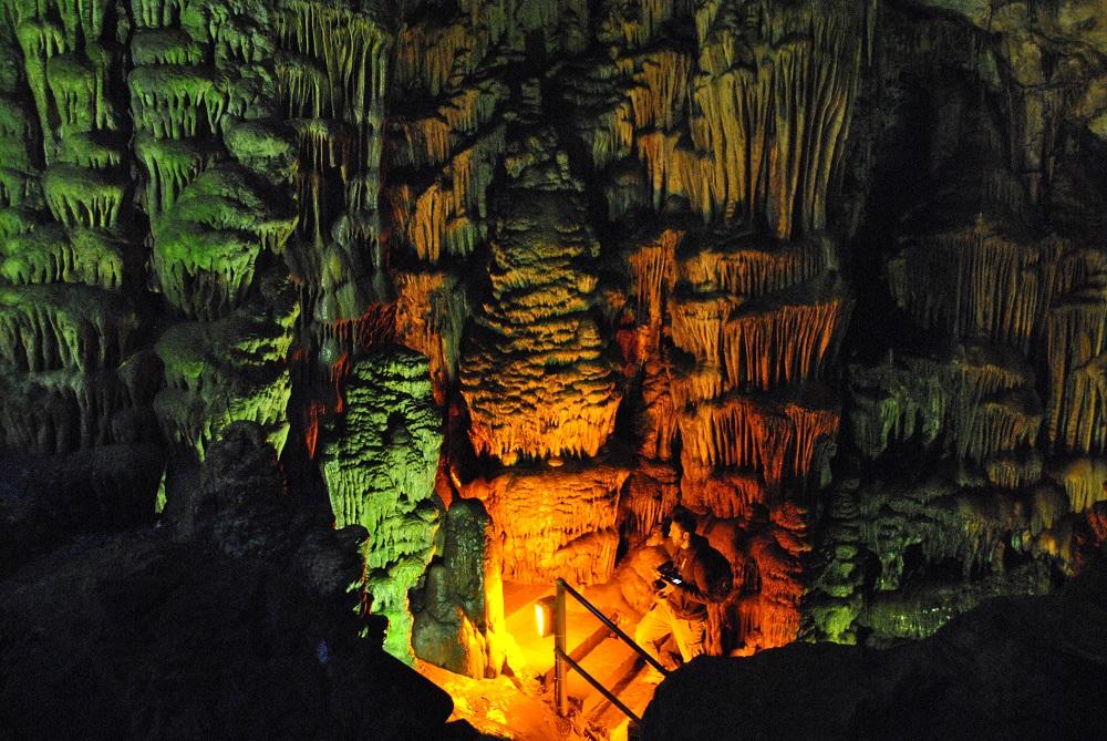Grotte Dikteon