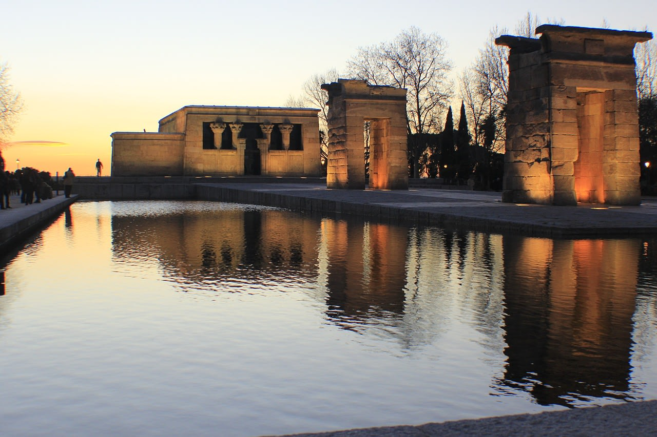 What to do in Madrid: temple of debod