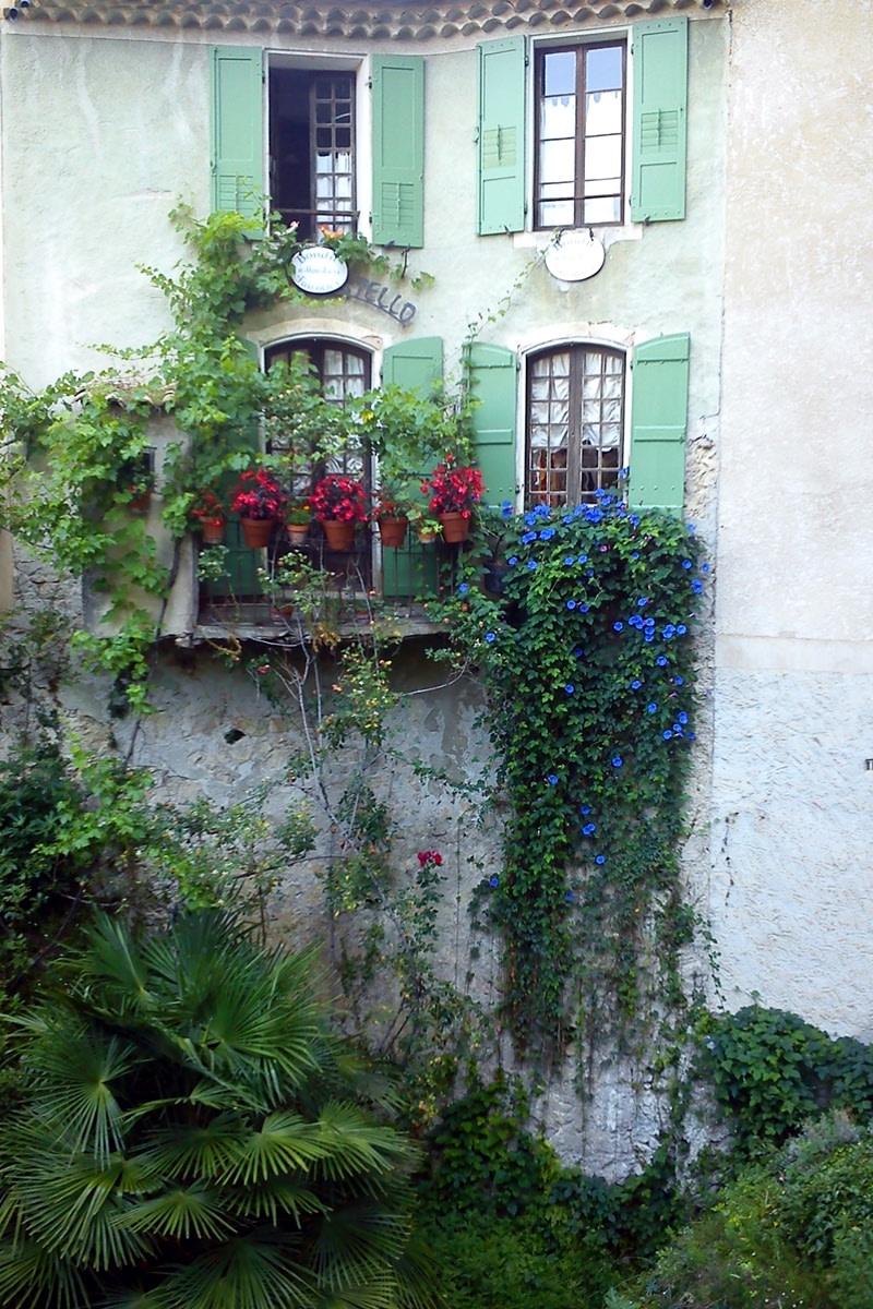 Villaggi della Provenza: Moustiers-Sainte-Marie