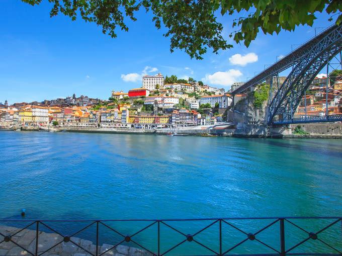 Qué ver en Oporto: Vistas de Ribeira y el puente Luis I en oporto