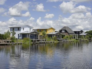 Giethoorn im Water Resort Bodelaeke