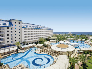 Urlaub Kizilot im Crystal Admiral Resort Suites & Spa