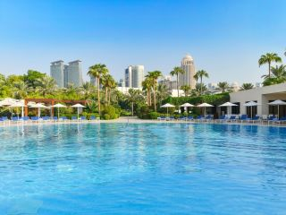 Urlaub Doha im Sheraton Grand Doha Resort & Convention Hotel