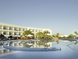 Playa d'en Bossa im Grand Palladium Palace Ibiza Resort & Spa