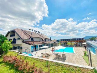 Urlaub Grabovac im 16 Lakes Hotel