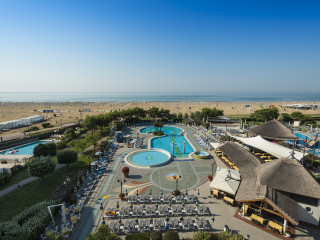 Urlaub Bibione im Savoy Beach Hotel & Thermal Spa