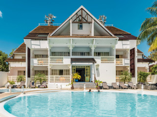 Urlaub Saint-Gilles-les-Bains im Hotel Le Nautile