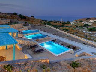 Urlaub Fira im Desiterra Luxury Suites & Villas