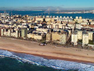 Urlaub Cadiz im Hotel Cádiz Paseo del Mar Affiliated by Meliá