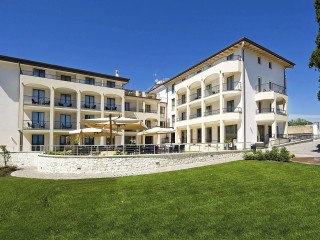 Urlaub San Felice del Benaco im Villa Luisa Hotel & Resort & Spa