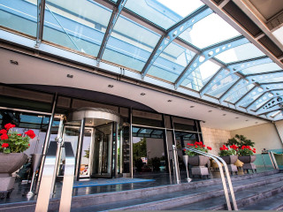 Urlaub Nola im Best Western Hotel Ferrari