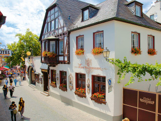 Rüdesheim am Rhein im Felsenkeller