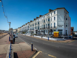 Urlaub Eastbourne im Langham Hotel
