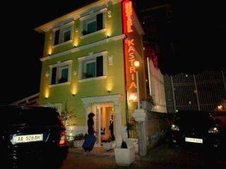 Tirana im Hotel Kastria
