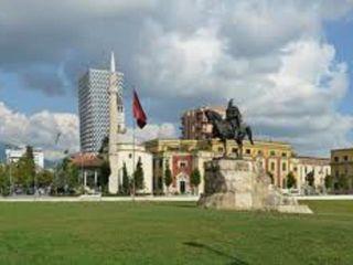 Tirana im Hotel Austria