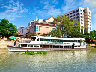 Urlaub Ayutthaya im Krungsri River