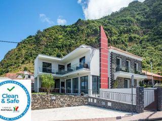 Urlaub Ponta Delgada im Enxurros House