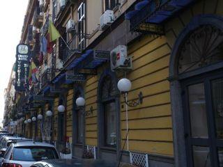Neapel im Hotel Vergilius Billia