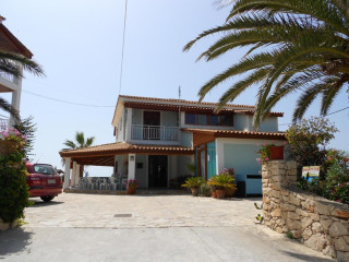 Urlaub Agios Sostis im Korfiatis Apartments