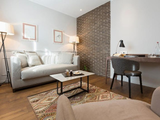 Belgrad im Envoy Hotel