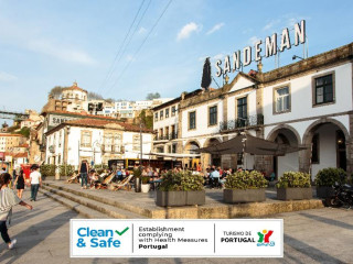Urlaub Vila Nova de Gaia im The House of Sandeman - Hostel & Suites