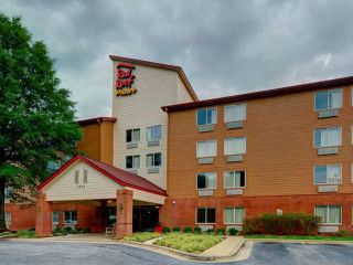 Urlaub Raleigh im Red Roof PLUS+ Raleigh NCSU Convention Center