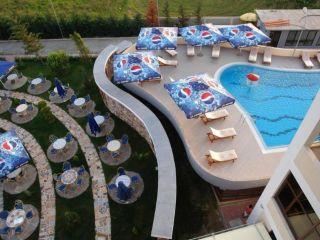 Rinas im Hotel Airport Tirana
