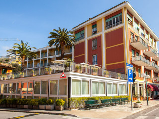 Cavi di Lavagna im Hotel Doria