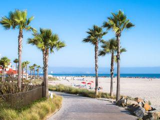 Urlaub Anaheim im Stanford Inn & Suites Anaheim