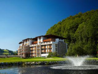 Kitzbühel im Grand Tirolia Hotel Kitzbuhel, Curio Collection by Hilton