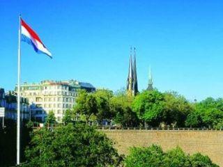 Luxemburg im Grand Cravat