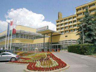 Urlaub Heviz im Hunguest Hotel Helios