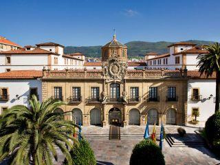 Oviedo im Eurostars Hotel de la Reconquista