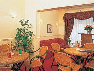 Urlaub Caen im Hotel The Originals Caen Le Savoy