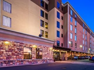 Newark im Best Western Plus Newark Airport West
