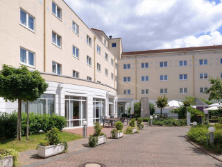 Raunheim im AMEDIA Hotel & Suites Frankfurt Airport
