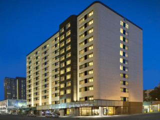 Urlaub Minneapolis im DoubleTree Suites by Hilton Hotel Minneapolis
