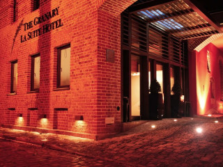 Urlaub Breslau im The Granary - La Suite Hotel