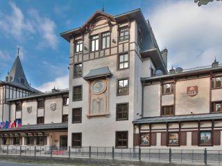 Karlovy Vary im Retro Riverside Wellness Resort