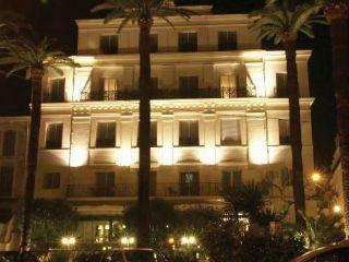Cannes im Hôtel Le Canberra