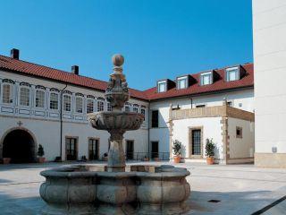 Avilés im NH Collection Palacio de Avilés