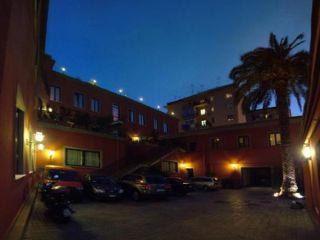 Neapel im Nuvò Hotel