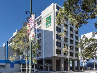 Perth im Quality Hotel Ambassador Perth