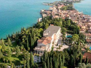 Sirmione im Palace Hotel Villa Cortine